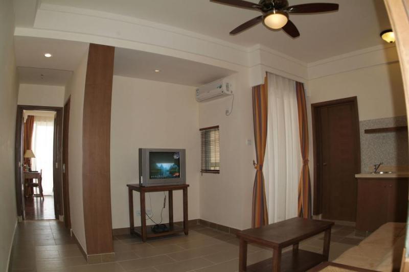 二室一厅海景房(碧海蓝天)客厅