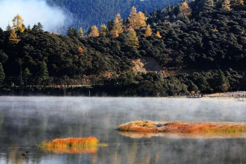 九月普达措国家公园图片大全 游览完普达措国家公园,驱车前